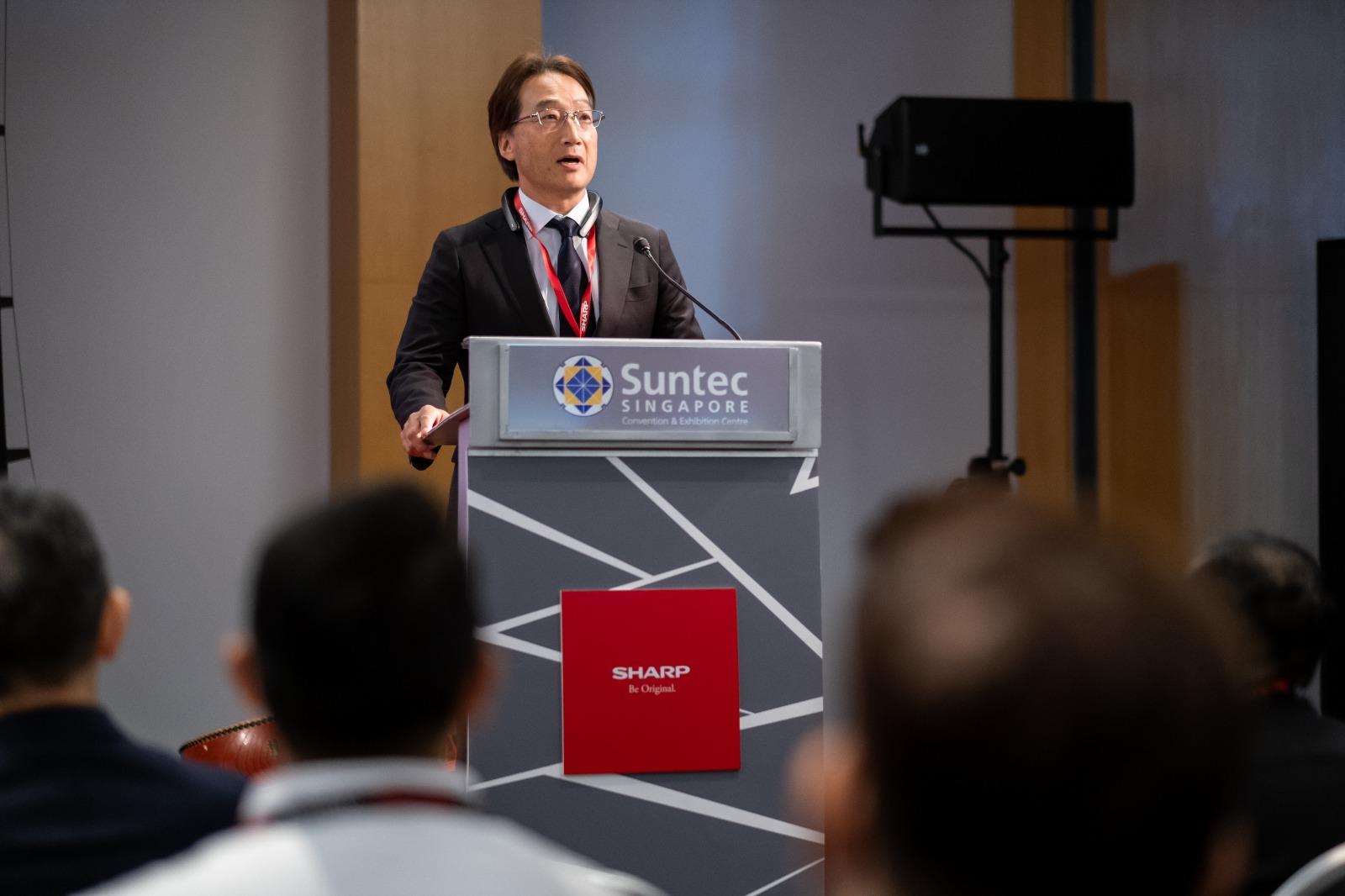Mr Seiji Hayakawa